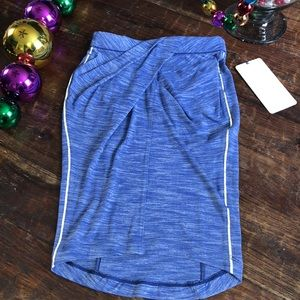 LULULEMON &Go Where-To Skirt in Heathered Sapphire